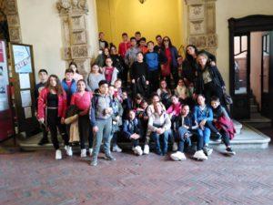 Giorno 25 novembre gli studenti delle classi 2D, 1A e 1B accompagnati dai docenti Bosco, Branca, Micale e Passalacqua si sono recati presso l'Univerità di Catania per prendere parte alla conferenza dedicata alla giornata dei Diritti Internazionali contro la violenza sulle donne.